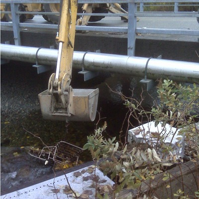 Cleaning Debris Under 224 Bridge